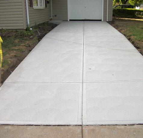 Concrete - Sidewalks/Driveway
